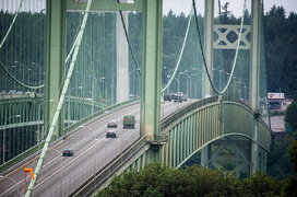 Thinking of changing lanes on the westbound Tacoma Narrows Bridge? Don't.