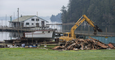Lakebay Marina structures torn down in abatement