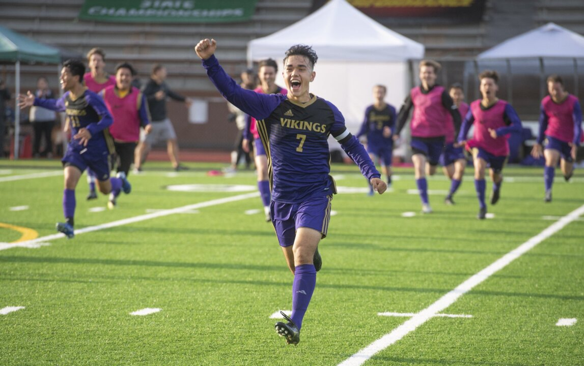 Puyallup's Logan Oyama News Tribune's 2019 soccer player of the year