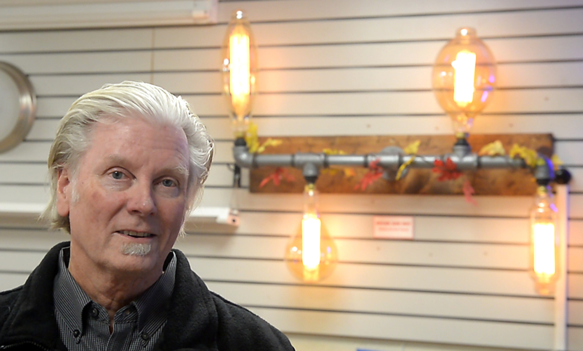 In a world of Amazon, Tacoma's old, plucky light bulb store manages to thrive