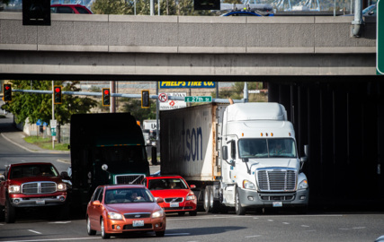 Driving Portland Avenue under I-5 in Tacoma can be dangerous. A fix is coming, WSDOT says