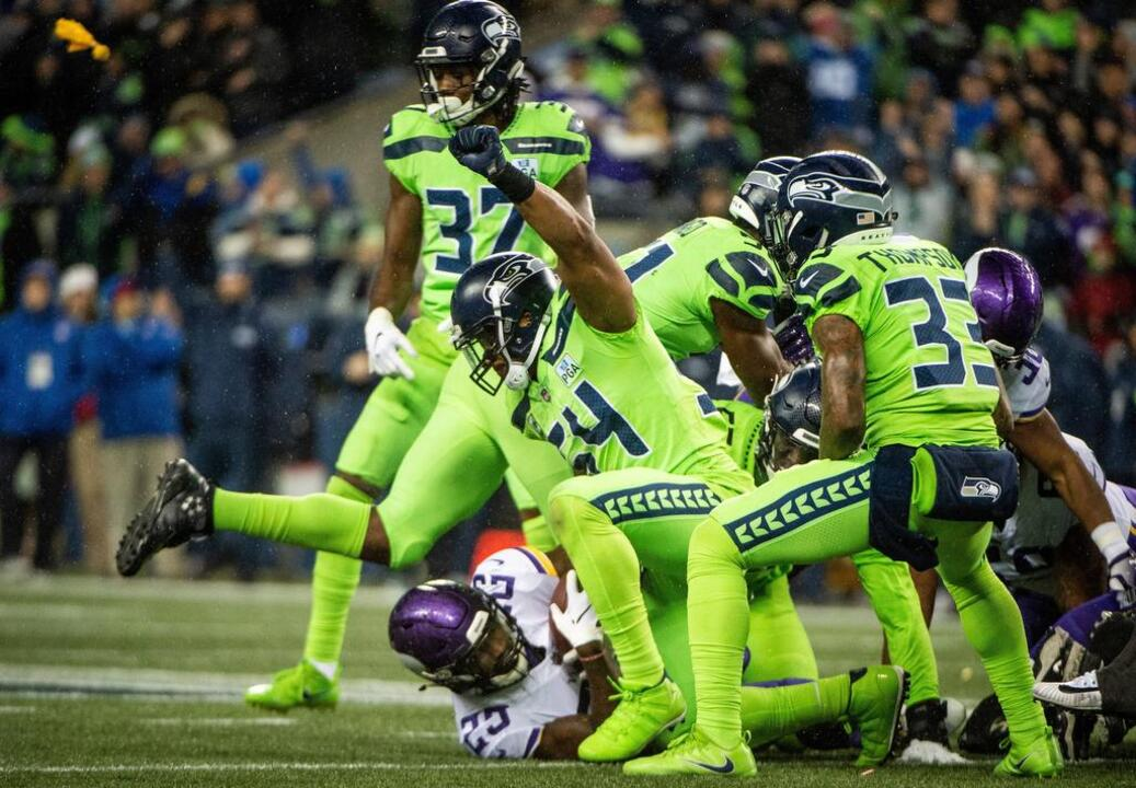 Bobby Wagner, rookie Michael Dickson Seahawks' Pro Bowlers | Tacoma  hot sale