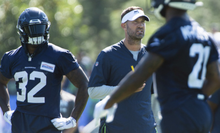 """Schottenheimer on Chris Carson: """"I've not seen him run with this much confidence, this much enthusiasm."""""""