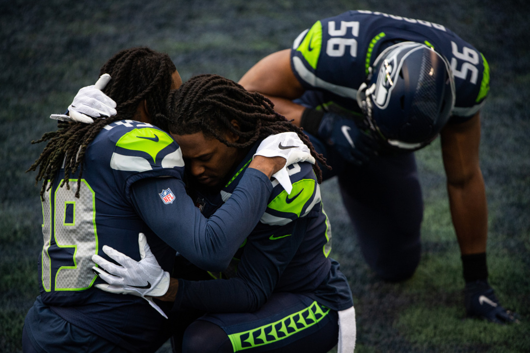Handicapping Seahawks' free agents: K.J. Wright more likely to stay than Chris Carson