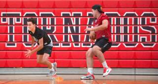 Yelm QB Kyle Robinson talks return from injury, strong receiving corps