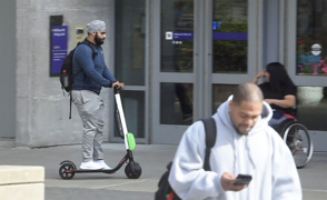 There are reasons Tacoma embraced e-scooters but kicked e-bikes to the curb
