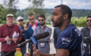 Seahawks' Doug Baldwin on President Trump: 'He's an idiot, plain and simple'
