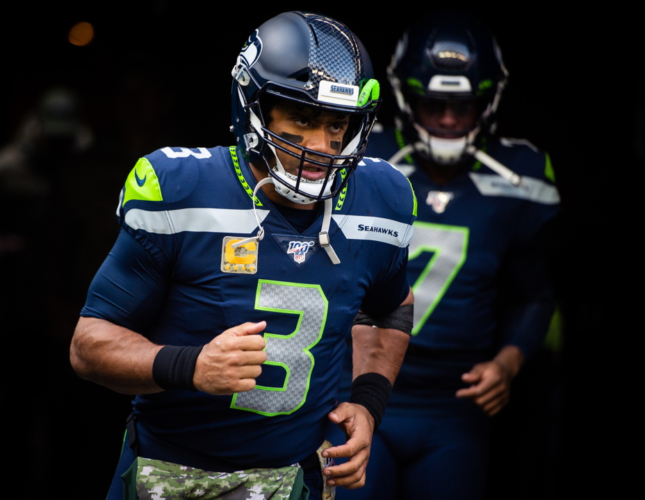 Personal trainer on family bye-week Mexico vacay? Russell Wilson never stops preparing