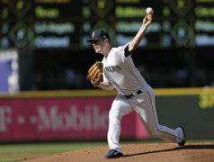 Mariners' Wade LeBlanc: 'Guys like me who throw 86 don't really get standing ovations often'