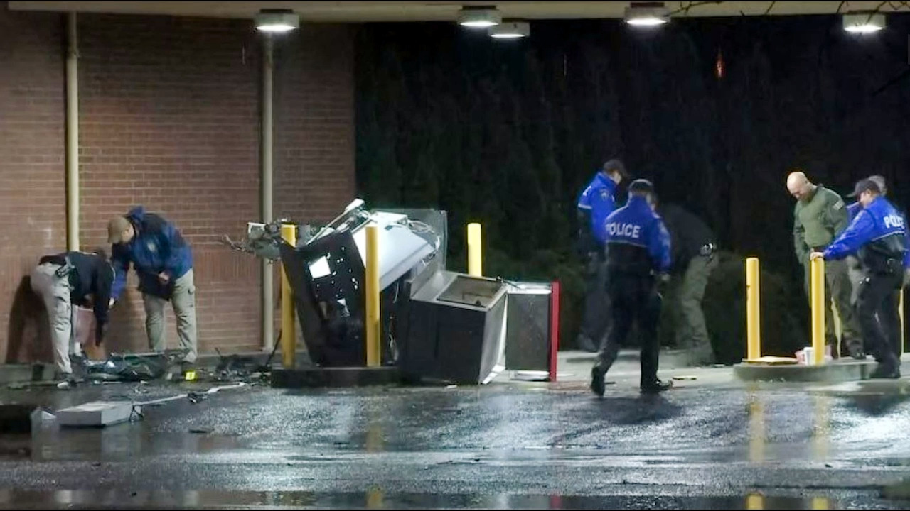 Fbi Investigating After Atm Is Blown Up Outside Tacoma