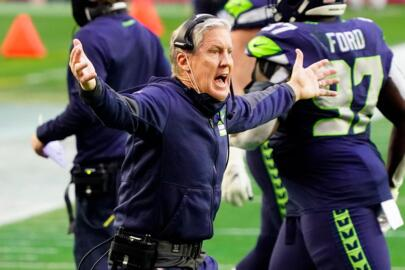 Pete Carroll's season-ending assessment: We need to run the ball more, for Russell Wilson to pass better