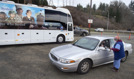 Mobile clinics bring COVID-19 vaccines to Washington's rural veterans