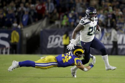 Rashaad Penny out for rest of Seahawks season. C.J. Prosise, Travis Homer up next