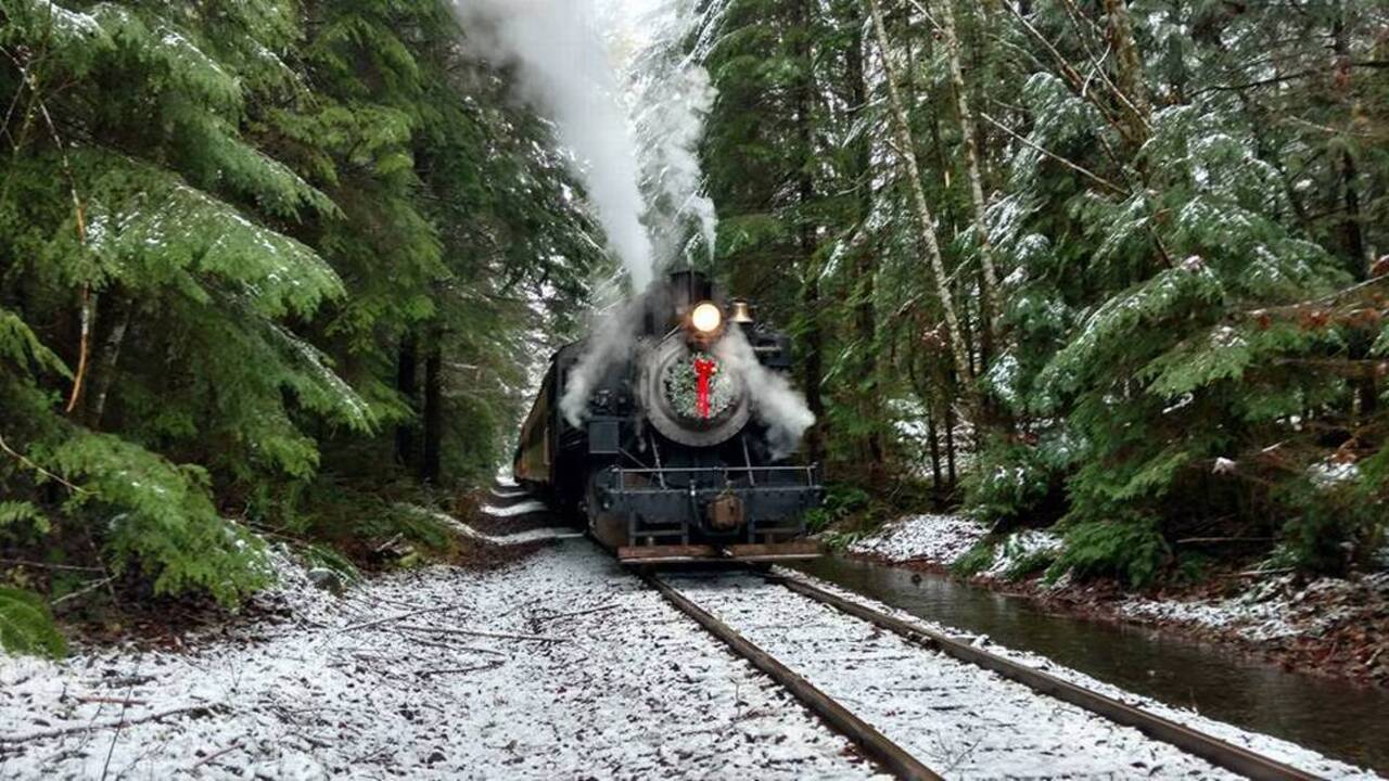 The Mt. Rainier Scenic Railroad steams out Polar Express cheer these ...