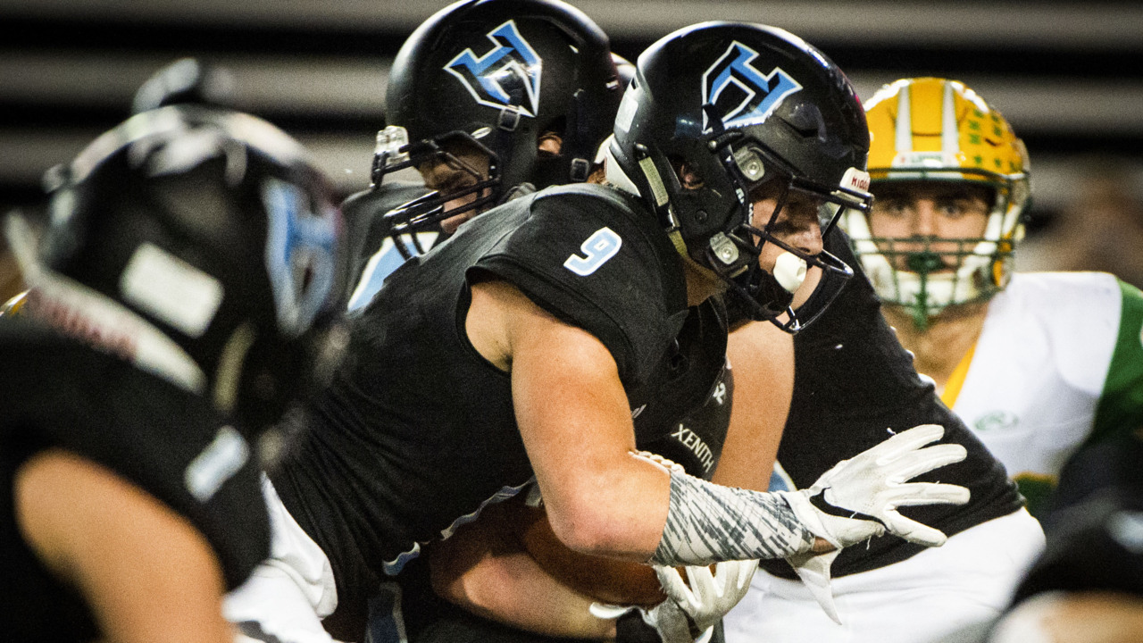 Record-setting day helps lift Hockinson over Lynden for 2A title