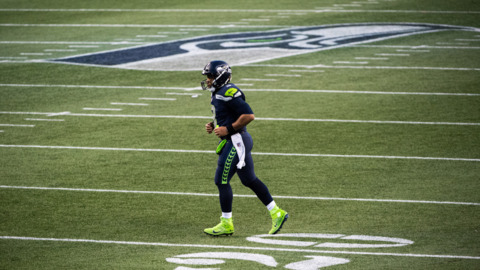 Russell Wilson, Seahawks start state's 1st high school girls flag-football league in Tacoma