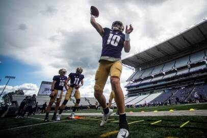 'Kids feel that stuff.' Jacob Eason facing high expectations as Huskies prepare to open fall camp