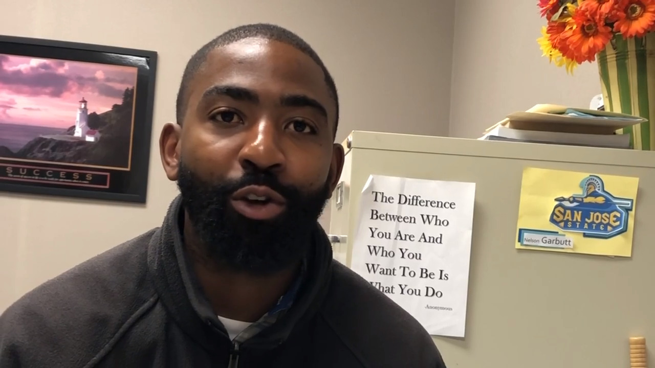 Helping At Risk Students Address >> Edge Coach Has Unique Role In Helping At Risk Tacoma Students