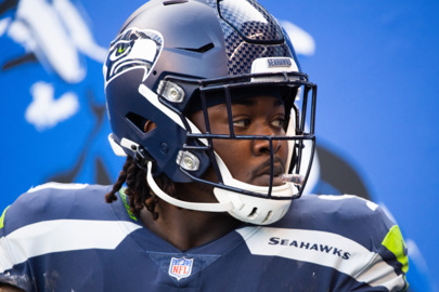 Jarran Reed among those Seahawks watching teammates practice for Sunday's game vs. Dallas
