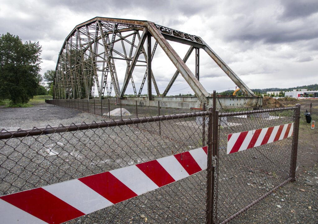 What's the future of the old Puyallup River Bridge after $1M DOT giveaway idea failed?