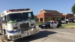 Three shot in west Fort Worth bank robbery