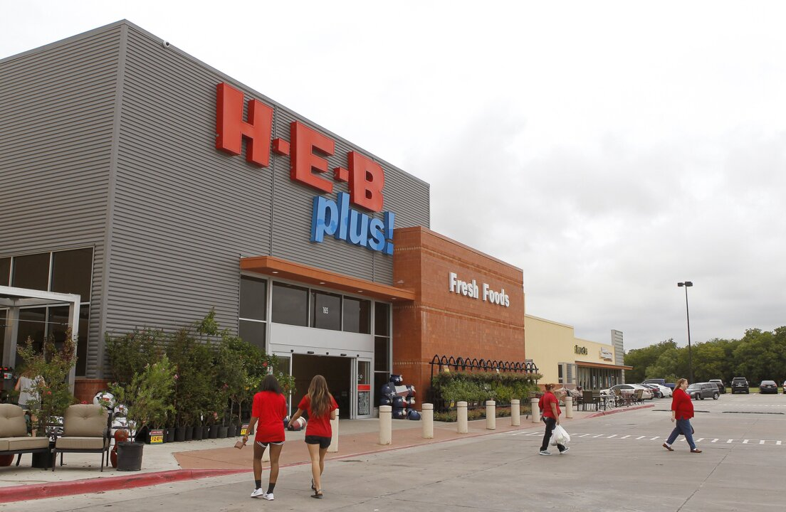 Opening set for H-E-B grocery in Hudson Oaks near Fort Worth