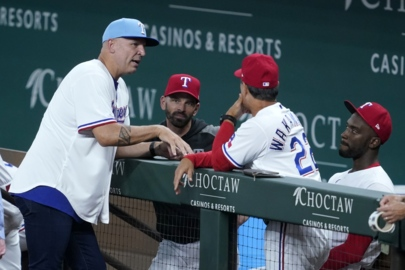 Dallas Mavericks coach Jason Kidd throws out the first pitch for the Texas Rangers