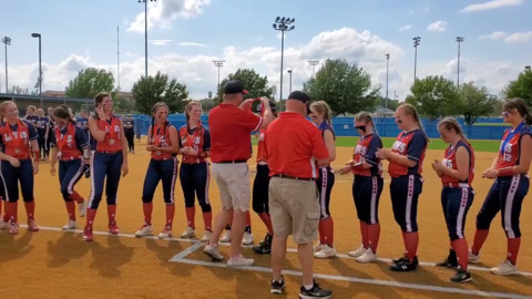 Grapevine Faith softball receives runner-up medals after the TAPPS Division II title game