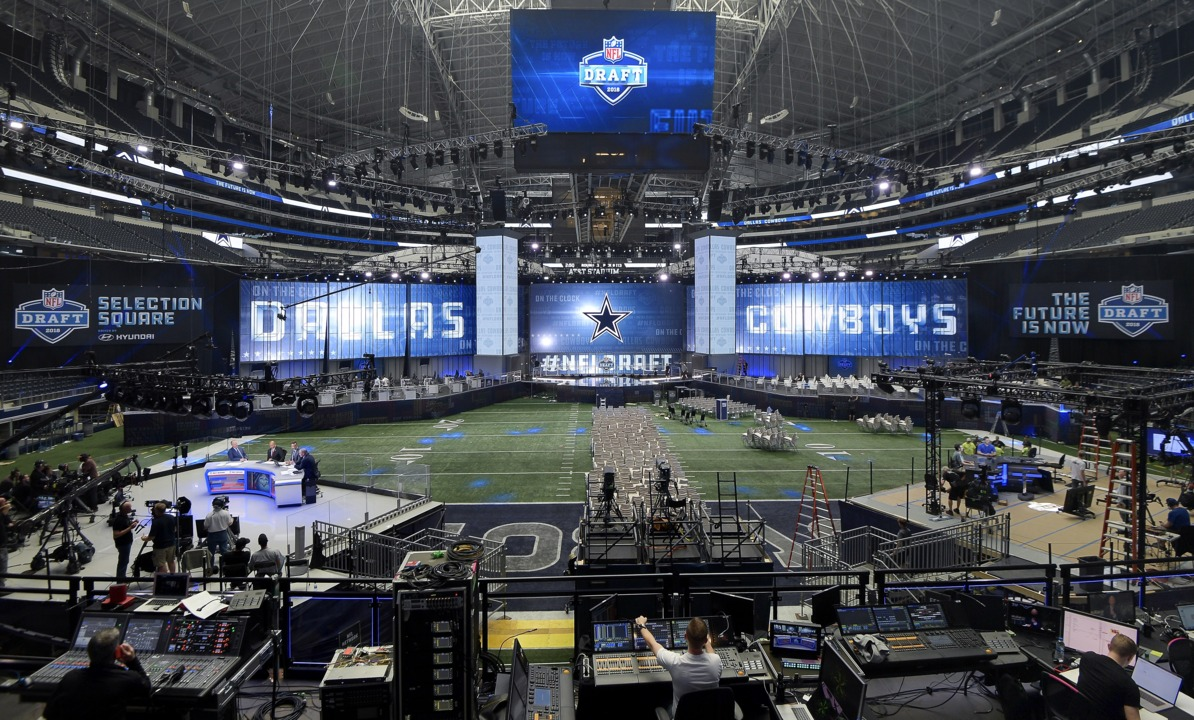 Going to the NFL Draft? Follow these tips to beat the traffic and snag a parking spot at AT&T Stadium