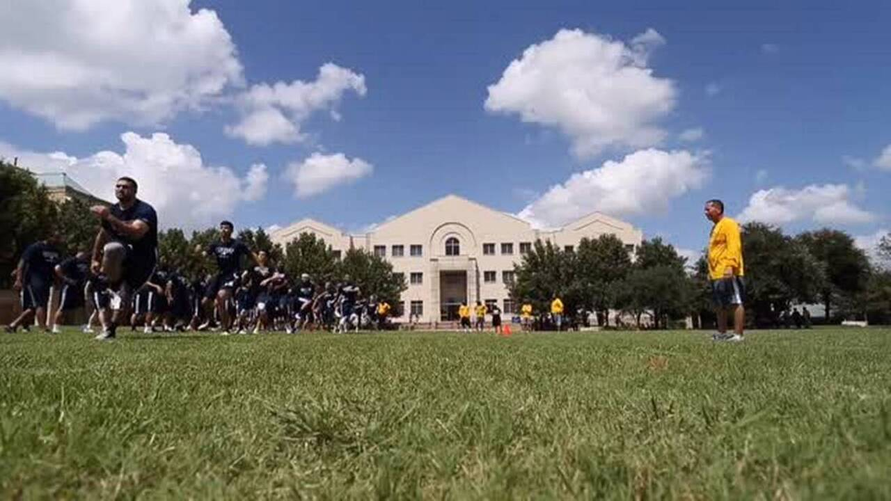 Texas Wesleyan rolls up most points since restarting program in rout of Texas College