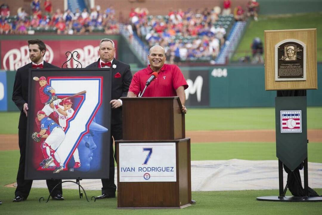 separation shoes a9303 a8527 Pudge Rodriguez's No. 7 Rangers jersey retired for eternity ...