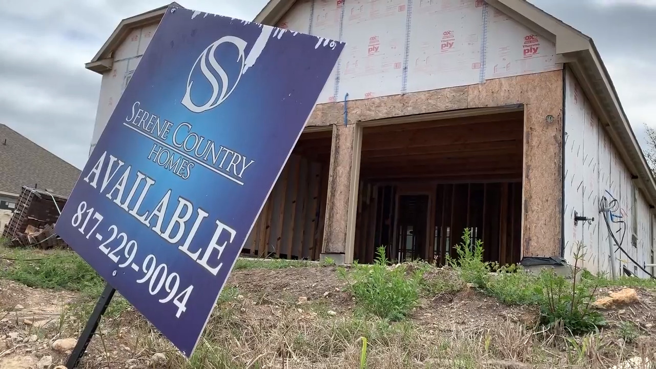 Fort Worth home builder accused in lawsuit of misusing funds