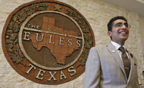 Euless City Council member Salman Bhojani sworn in