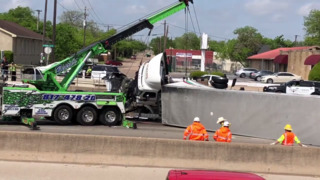 Multi-vehicle wreck on I-35W kills one, stops traffic for hours
