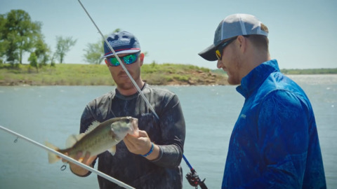 Texas Rangers: Shelby Miller gets fishing lessons from pro angler Jacob Wheeler