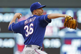 Mike Minor explains recent success of Rangers' rotation, future of his sweet mustache