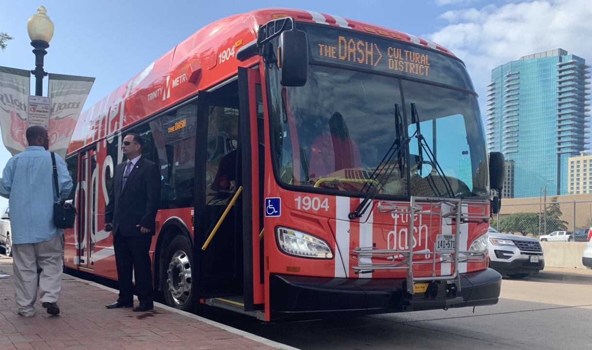 Why Fort Worth is running bright red, electric buses from downtown to the museums