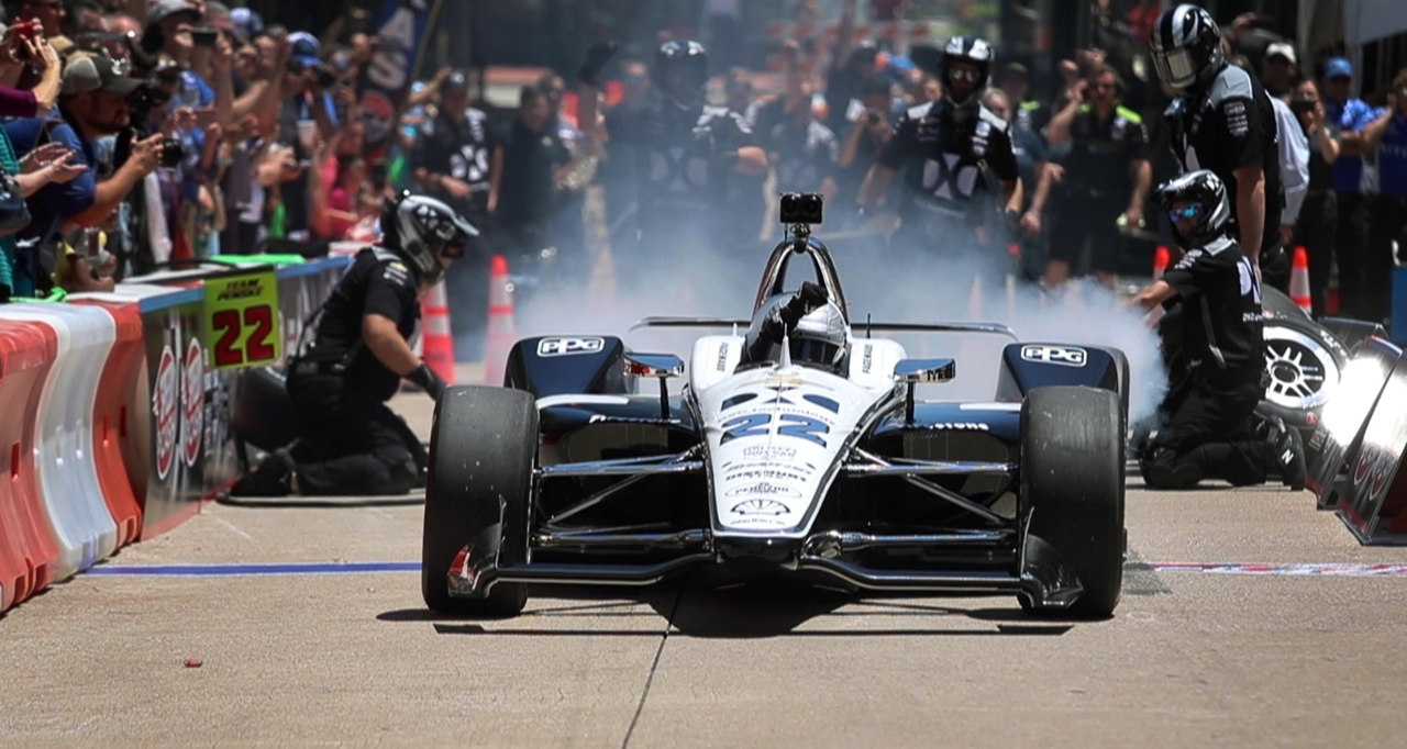 Indy cars take over downtown Fort Worth in pit stop challenge