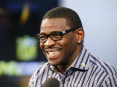 Michael Irvin on Terrell Owens: Pro Football Hall of Fame right to ignore him