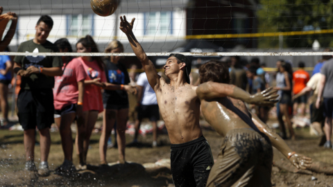 Mud volleyball returns for UTA's 31st annual Oozeball tournament