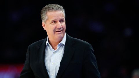 UK suffers eighth loss as No. 1 team under Calipari. Evansville is the worst.