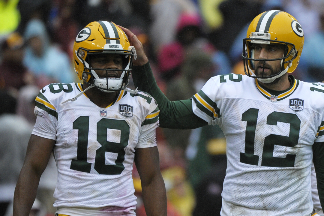 Randall Cobb earning rave reviews in his new NFL home