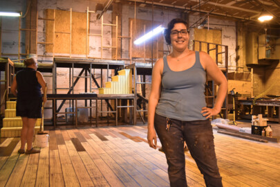 AthensWest Theatre goes big with 'Brighton Beach' set