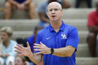 UK volleyball coach Craig Skinner emotional about new contract
