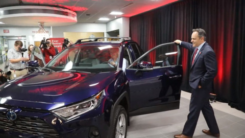 Toyota Georgetown plant to produce two hybrid vehicles in new multimillion-dollar investment