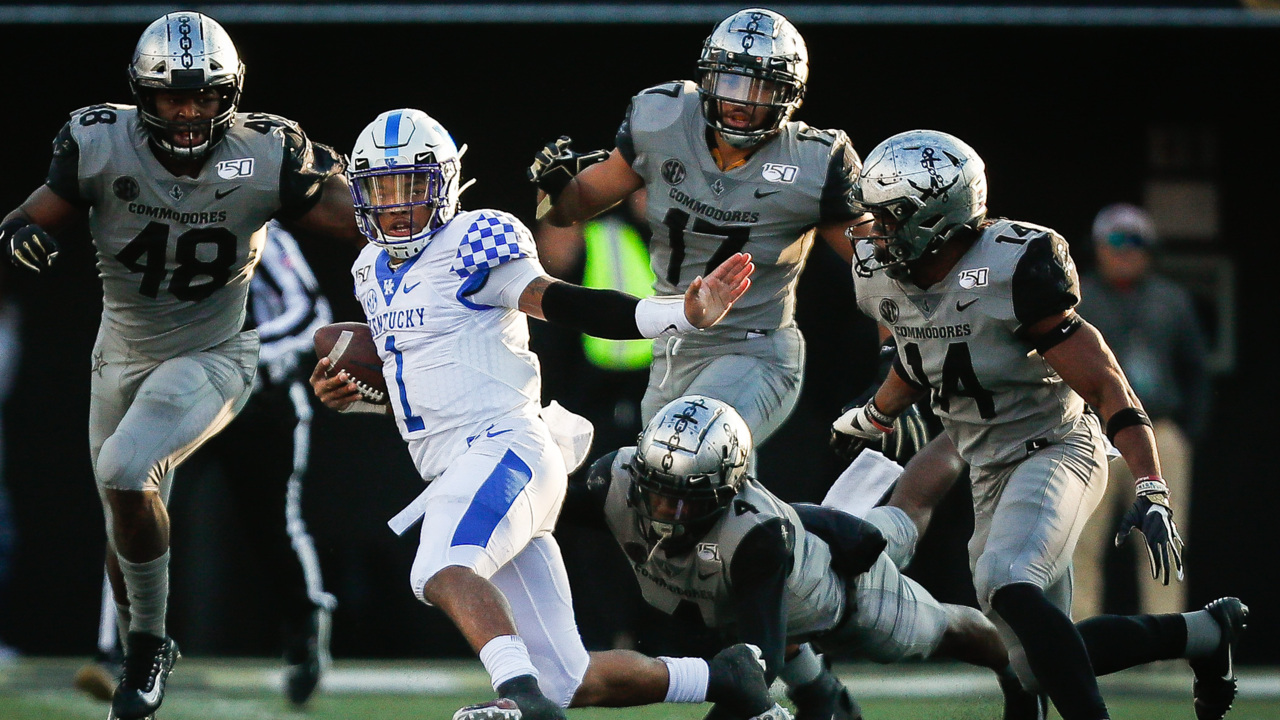 'We cannot be defeated in our mentality.' Everything Stoops said after UK beat Vandy.
