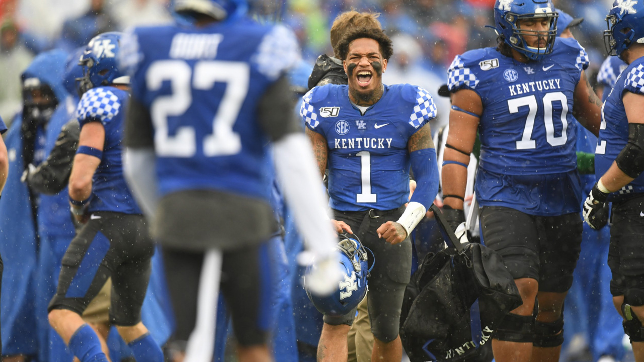 New rankings bring more change to UK's bowl outlook. Here are the latest projections.