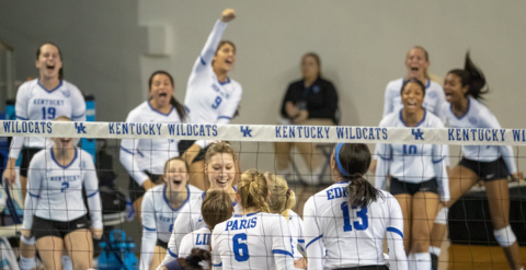 Photo slideshow: Kentucky volleyball defeats Murray State in NCAA Tournament