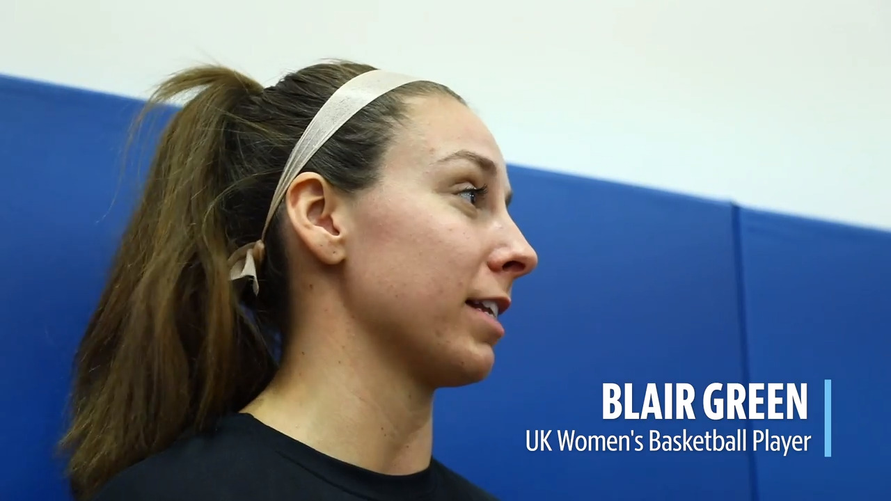 'She stepped up big.' A spark from Blair Green leads to big Kentucky victory.