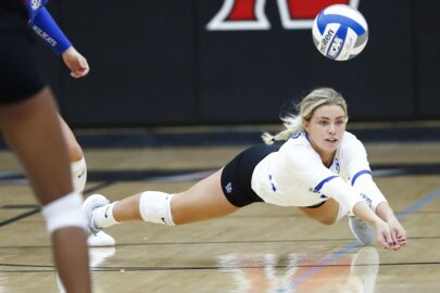 Kentucky volleyball played a homecoming for a good cause